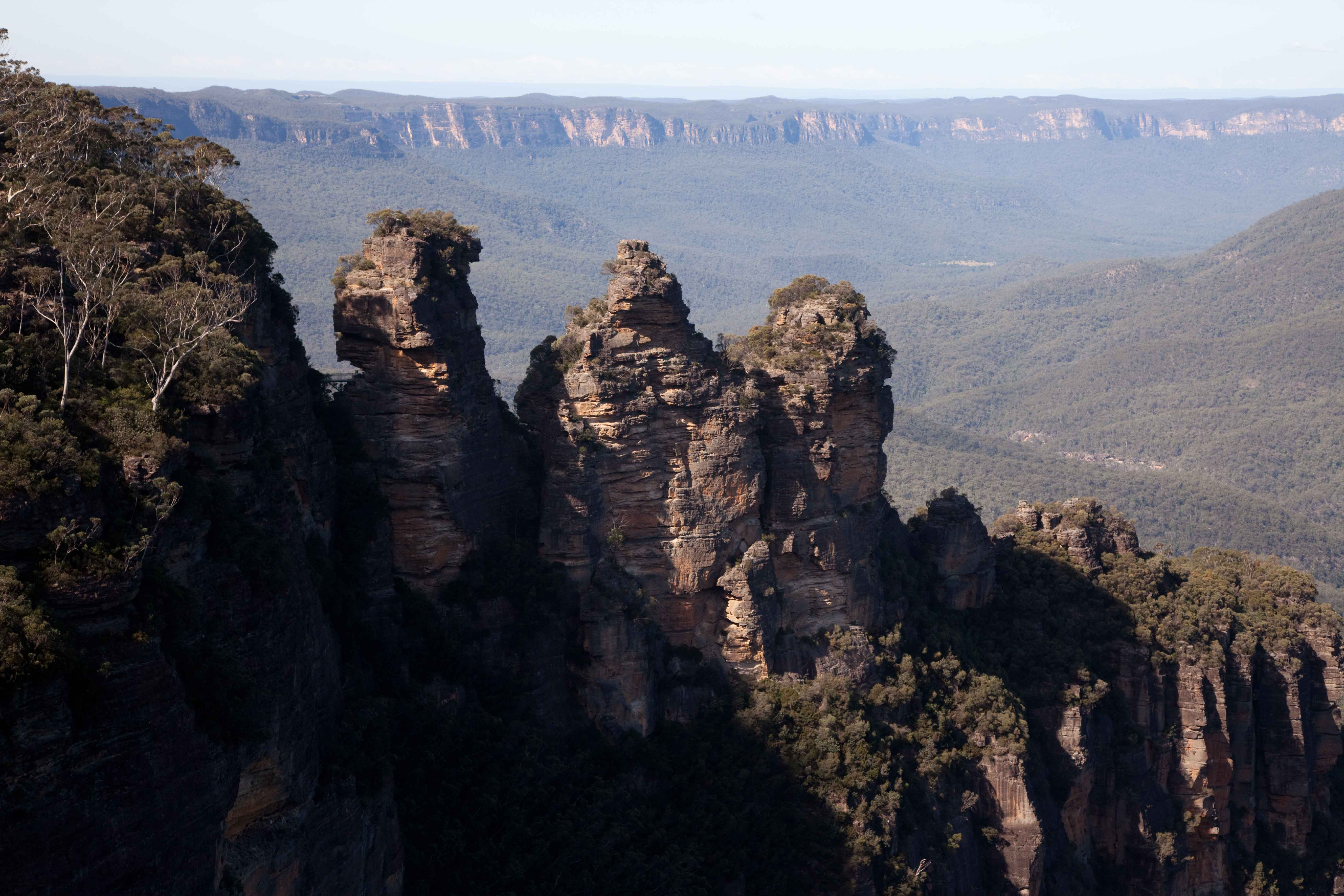 how to get to jenolan caves from katoomba